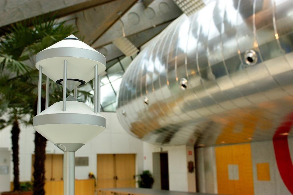 NewTec Pro200 Lautsprecher PA beschallung Kugellautsprecher Cluster