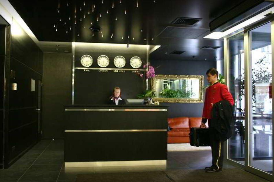 NewTec Lautsprecher - Royal Square Hotel Riga