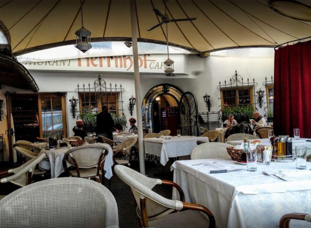 NewTec Deckenlautsprecher Restaurant Castel Herrnhof