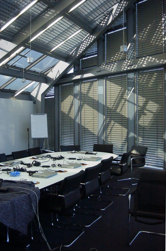 NewTec Lautsprecher Konferenzraum Roland Berger