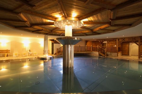 NewTec Lautsprecher Wellnessbereich Hotel Taljörgele