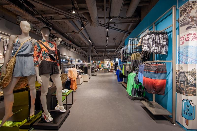 NewTec Lautsprecher Subwoofer Sportscheck Hamburg WiFi Store Shop Beschallung